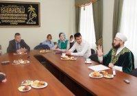 Воспитание молодежи, увлечения и достижения: о чем говорили муфтий РТ и молодежные лидеры?