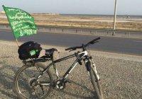 Жители Чечни отправились в Хадж на велосипедах