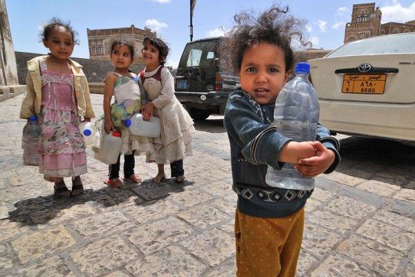 Дефицит питьевой воды в Йемене.
