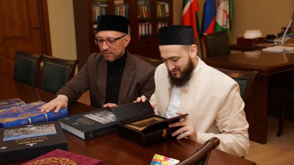 Известное турецкое издательство поделилось опытом книгопечатания в ДУМ РТ