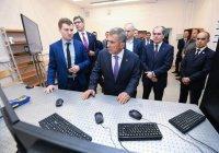 Минниханову представили первую в России сеть квантового интернета