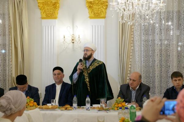 Муфтий РТ на ифтаре.