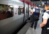 Во Франции, приняв за террориста, скрутили актера театра