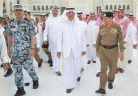 Губернатор Мекки опроверг слухи о том, что в Запретную мечеть не пускают катарцев