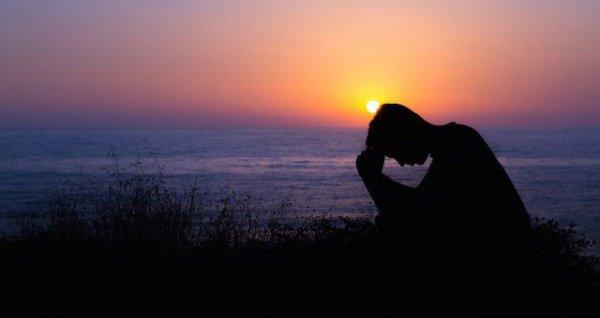 Аллах Всевышний сотворил разум из скрытого нура (света)