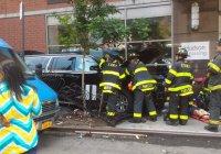 Автомобиль протаранил толпу пешеходов в центре Нью-Йорка