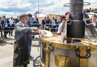 Рустам Минниханов приготовил уху на 4 000 человек (ФОТО, ВИДЕО)