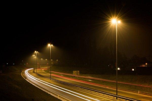 Целью проекта является борьба с плохим освещением автомобильных дорог