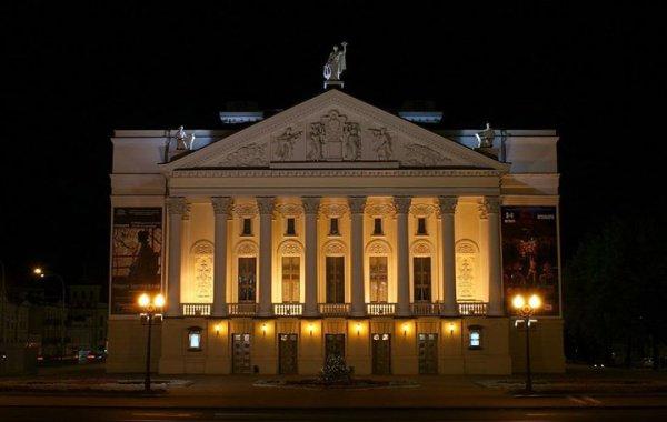 Во время фестиваля также пройдут концерты ансамбля народного танца Игоря Моисеева