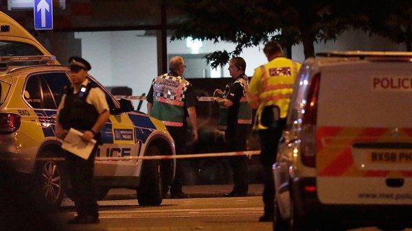 Теракт против мусульман в Лондоне унес жизни 2 человек.