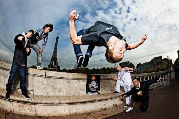 Би-бой Zip Rock из казанской брейкданс-команды Action Man оказался в финале чемпионата мира Red Bull BC One