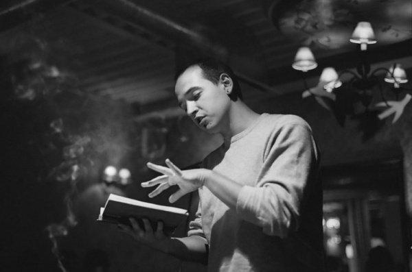 Слэм – это поэтическая дуэль, где оценивается и сам текст, и исполнение