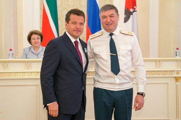 Мэр Казани награжден за служение делу гражданской обороны
