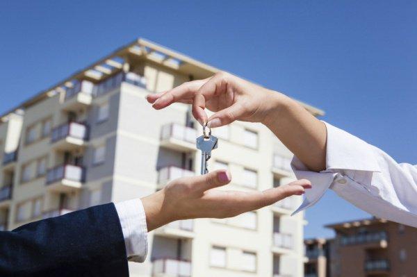 Продавать жилье тому, кто взял кредит на его покупку, является запрещенным