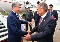 Президент Киргизии Алмазбек Атамбаев прилетел в Казань