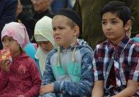 Детский праздник по случаю Ураза-байрама в мечети Гаиля (ФОТОРЕПОРТАЖ)