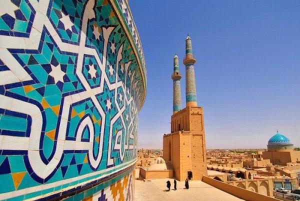 Иран отменил визы для российских туристов.