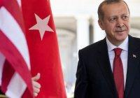 Эрдоган упал в обморок во время намаза в честь Ураза-байрам