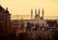 Минниханову показали зону гостеприимства в Казани