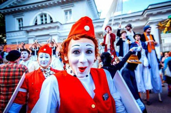 Врамках Кубка конфедераций вКазани проходит фестиваль уличного перфоманса