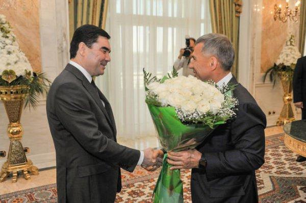 Отелефонном разговоре Президентов Узбекистана иТуркменистана