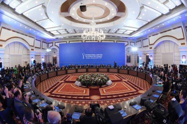 Очередной раунд межсирийских переговоров в Астане.