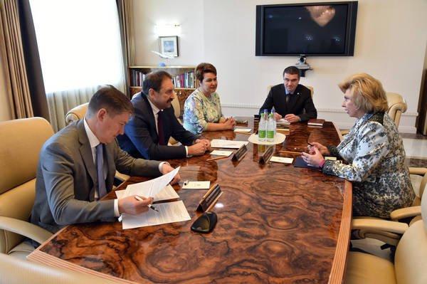 Алексей Песошин обсудил сТатьяной Москальковой вопросы улучшения качества жизни жителей