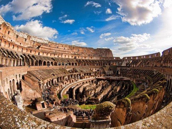 Прогнозируется, что полумарафон пройдет в стиле Олимпийских игр Древней Греции