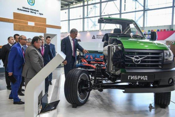 Татарстан презентовал свою экспозицию на «Иннопроме-2017»
