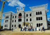 ДУМ Крыма: Соборную мечеть обещают открыть в срок (Фото)