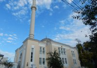 Рамзан Кадыров проспонсировал ремонт мечети в Севастополе