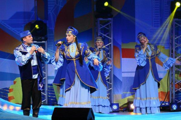 В фестивале могут принять участие творческие команды и исполнители в возраст от 18 до 35 лет