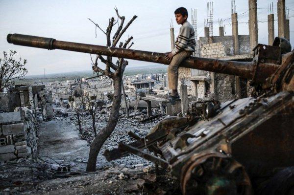 Война в Сирии унесла жизни более 330 тысяч человек.