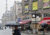 Сильнейший ливень затопил Стамбул (Видео)