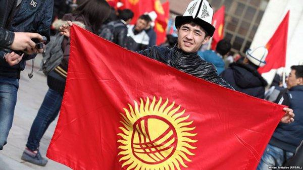 Выборы президента Киргизии назначены на 15 октября.