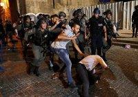 Имам мечети Аль-Акса пострадал при столкновениях с израильской полицией