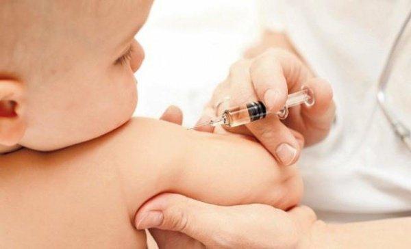 Власти Казахстана обеспокоены отказом верующих от прививок.