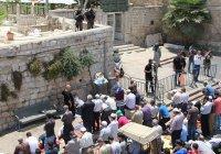 Власти Израиля и Палестины ищут выход из кризиса вокруг мечети Аль-Акса