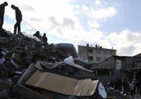 Мощное землетрясение в Турции, есть жертвы (Фото, видео)