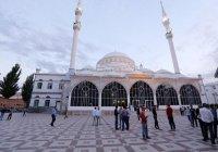 В Джума-мечети Махачкалы – новый имам