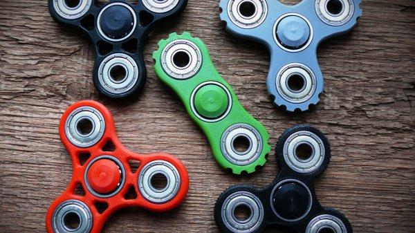 Популярность этой игрушки начала распространяться в апреле-мае нынешнего года