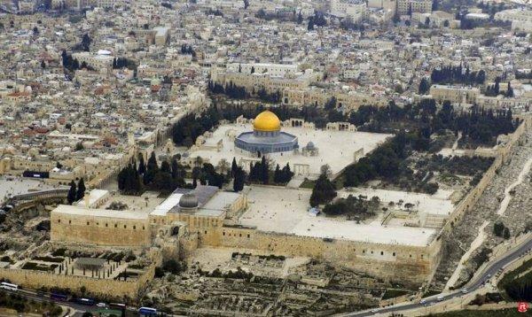 В исторической части Иерусалима продолжается напряженность.
