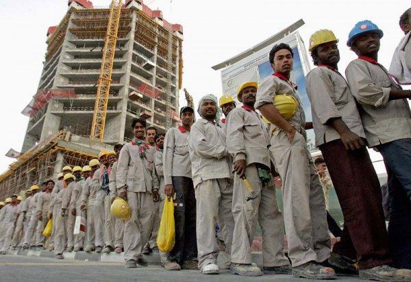 Мигранты в ближневосточных странах в основном трудятся разнорабочими.