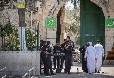 На входе в Храмовую гору мусульман будет досматривать полиция