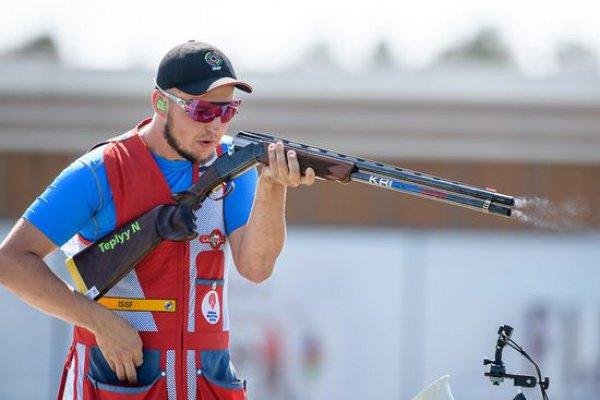 Сборная РФ завоевала золотоЧЕ вкомандных соревнованиях постендовой стрельбе