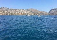 Три туриста пропали без вести при крушении яхты