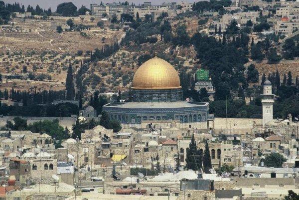 14 июля, сразу же после убийства двух израильских полицейских, на Храмовой горе прошли обыски.