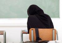 В США мусульманка получила $85 тыс. за свой хиджаб