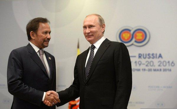 Бруней и Россия обсудили кооперацию в борьбе с терроризмом