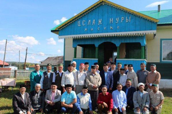 В 2015 году силами местных жителей в мечети стартовали реставрационные работы